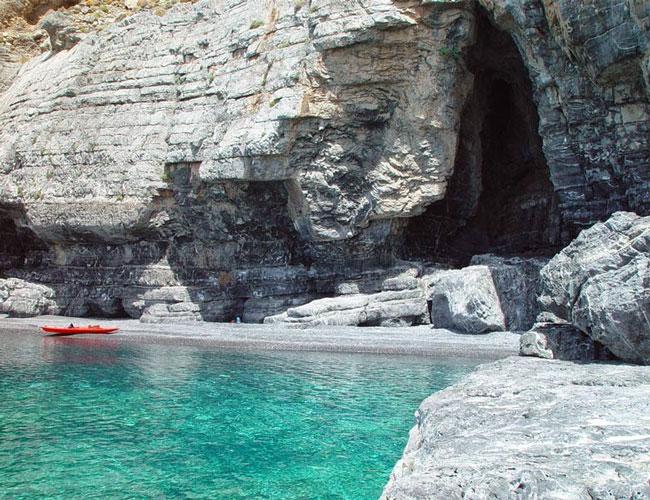 Аспес – самый скрытый пляж Крита.