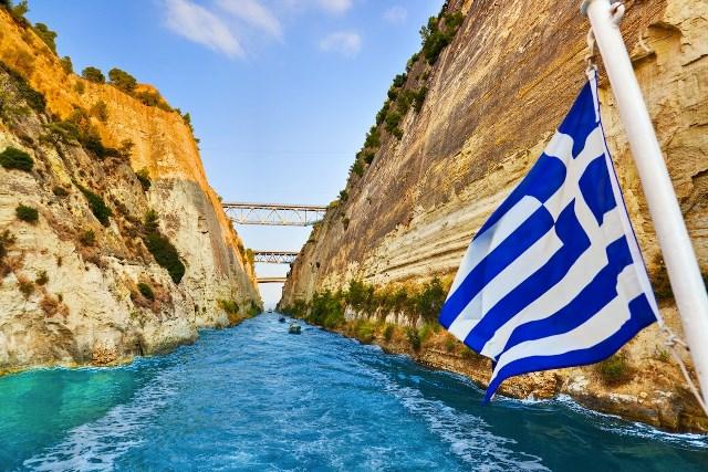 Нові поромні маршрути в Греції