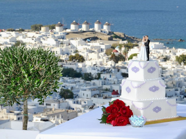 Lush wedding Moguls-a new kind of investment in Greece