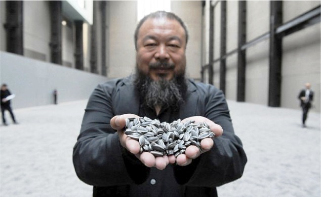 Ai Weiwei will open a permanent Studio on Lesvos