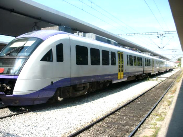 Athens-Thessaloniki by Train in 3.5 hours
