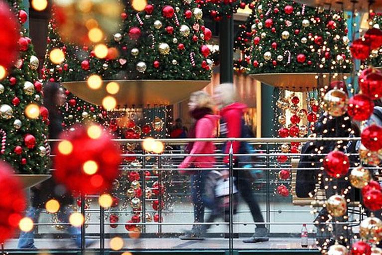 Магазины Греции переходят на праздничный график работы