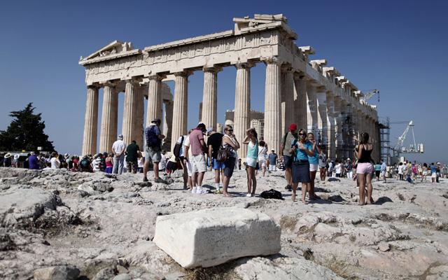 За 2013 г. Грецию посетило более 17 млн., в лидерах российские туристы!!!
