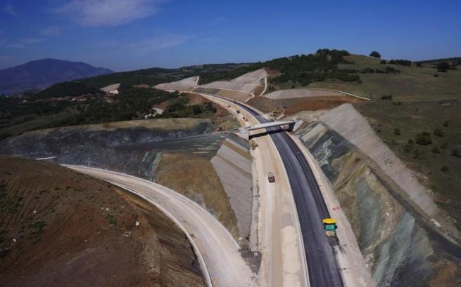 Последний участок кольцевой дороги Каламата открылся в пятницу