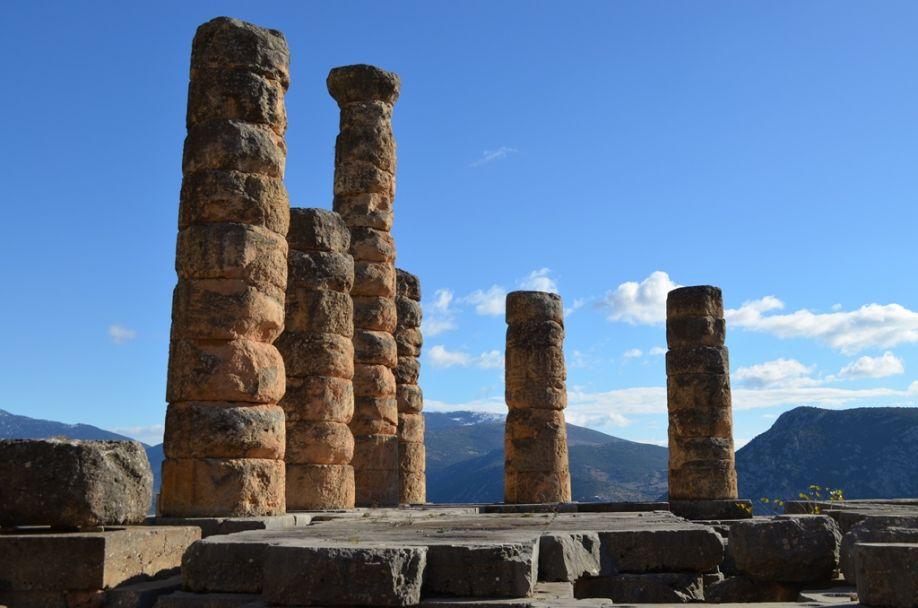 Mittelpunkt der Welt: Beginn des zweiten wirtschaftlichen Delphi-Forums