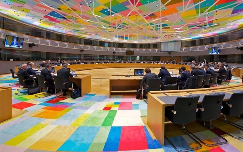 German Press: Decision on Greece After September