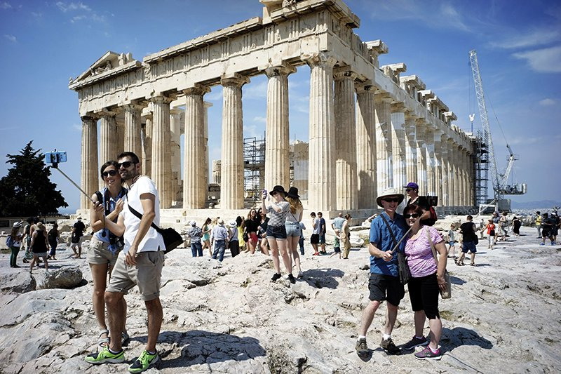 27M Tourists Chose Greek Vacation in 2017