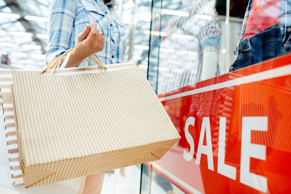 The summer season of discounts starts in Greece