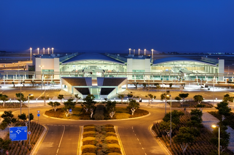 """Авиакомпания """"Cyprus Airways"""" получила первый самолет и готовится начать продажу билетов"""