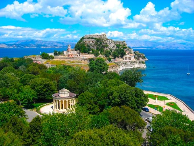 Європейська Асоціація Авіакомпаній визнала Грецію кращим напрямком 2016