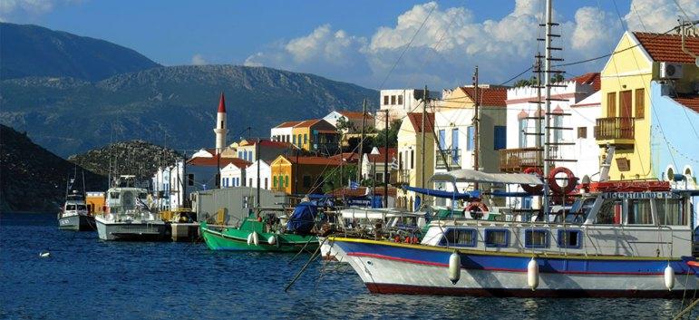 3 ελληνικά νησιά στα διαμάντια της Μεσογείου