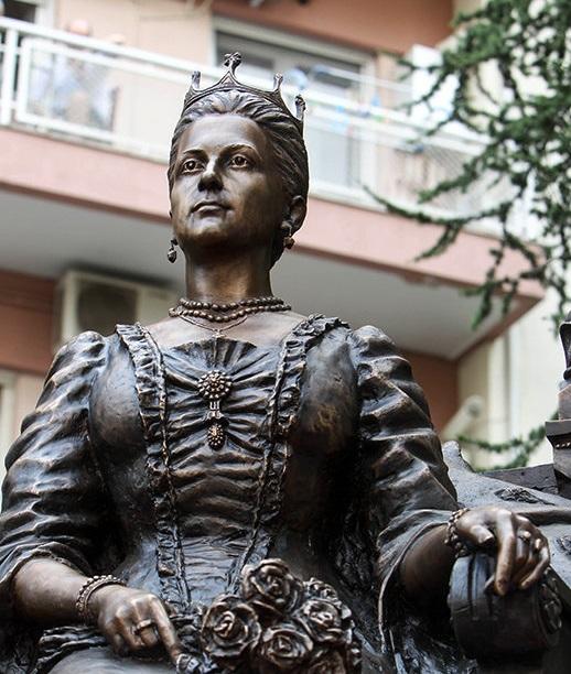 Памятник великой княгини Ольге в Салониках