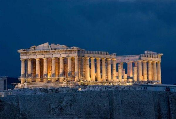 """Η Αυστριακή τηλεόραση """"εξυμνεί"""" την Ελλάδα"""
