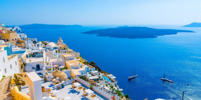 Americans Pick Santorini as Their Favorite Greek Island