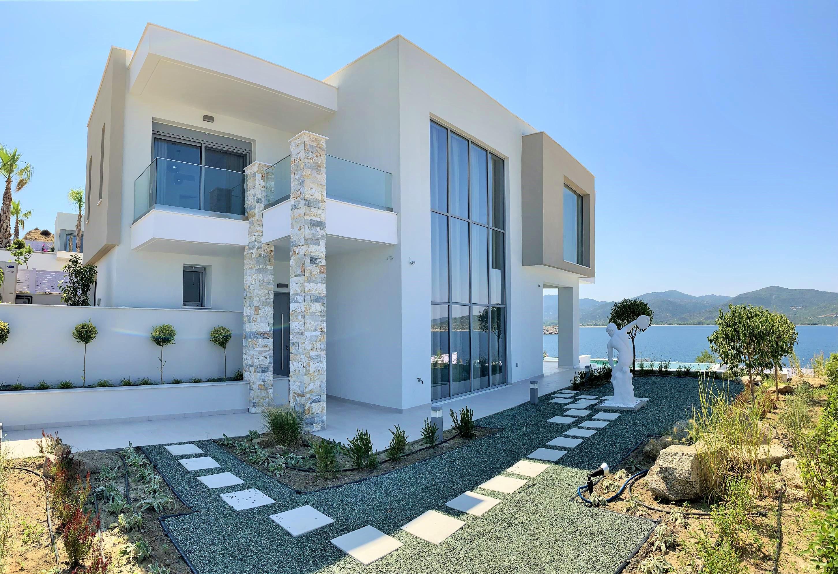 Завершилось строительство еще двух домов в проекте «Криарици»