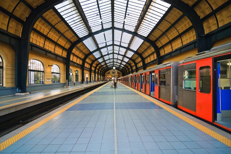 Продолжится строительство железнодорожной линии Патры – Пирей – Афины.