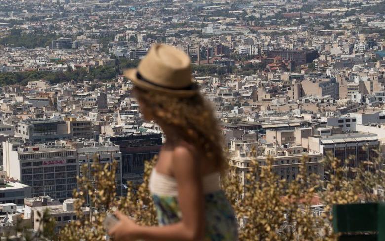 Forbes: «Φωτιά» η τάση για επενδύσεις στην Ελλάδα