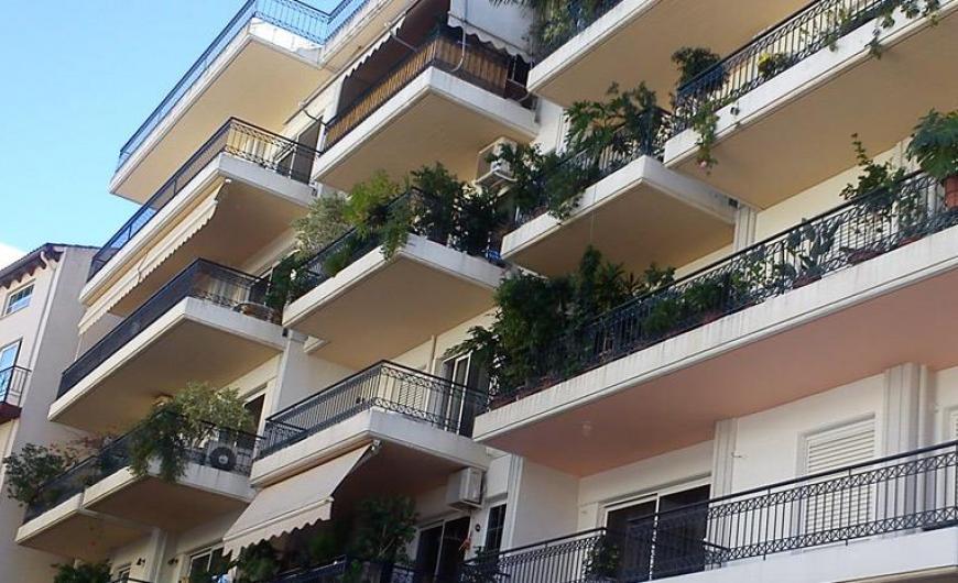 Business Insider: Greece 9th Worst Real Estate Market