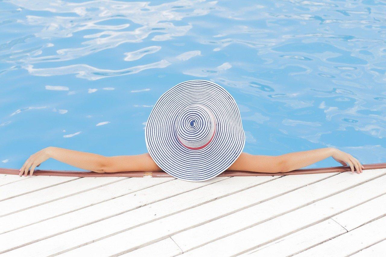 По прогнозам Всемирного совета путешествий и туризма (WTTC) Греция в списке наиболее вероятных стран для туризма в этом году.
