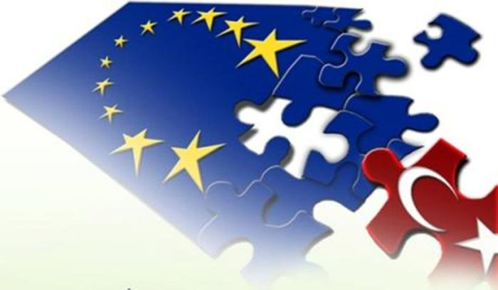 «Παγώνει» η ΕΕ τις διαπραγματεύσεις με την Τουρκία
