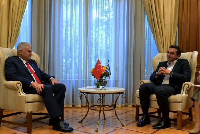 Ankaras Ministerpräsident besucht Athen und Thrakien