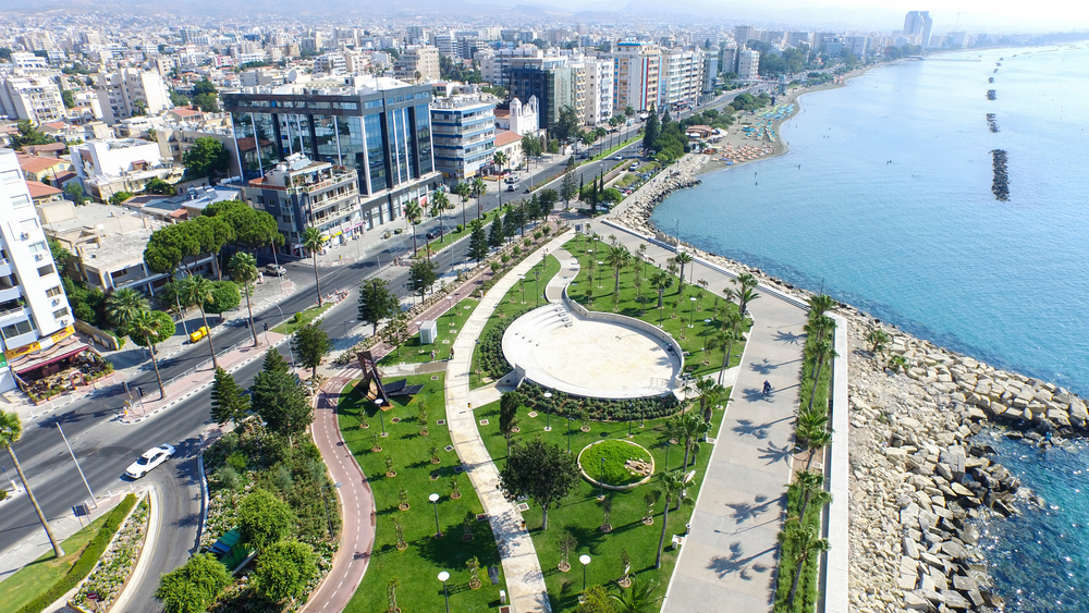 Limassol: smart technologies for urban transport