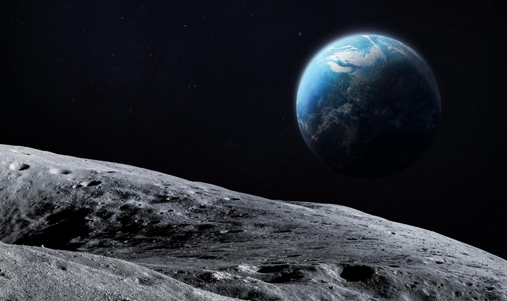 На Місяць вирушив грецький робот