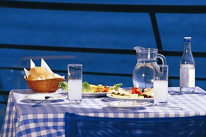 Catering Businesses Hold Largest Share in Greek Industry