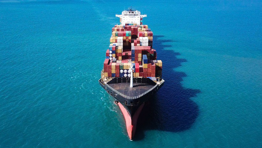 Seven Greek Shipowners at Top of Lloyd's International List