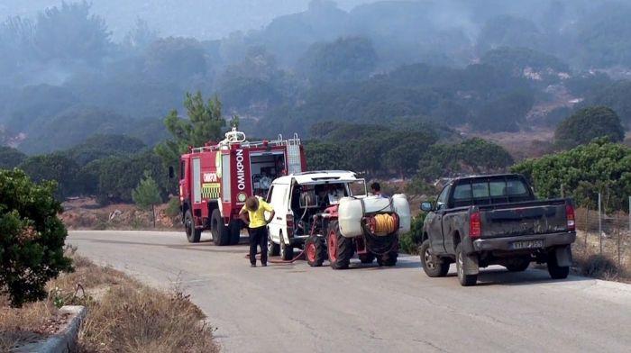 Schwere Brände auf der Insel Chios: Land in Asche