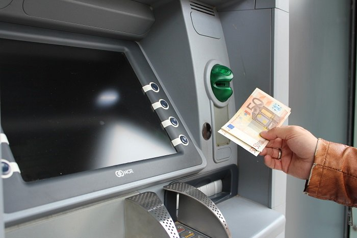 Greece Eases Capital Controls, Raises Cash Withdrawal Limit
