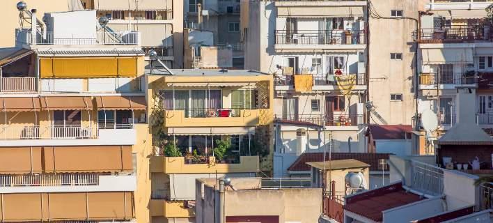 Πώς το Airbnb αύξησε κατά 30% τα ενοίκια στα μικρά σπίτια στην Αθήνα