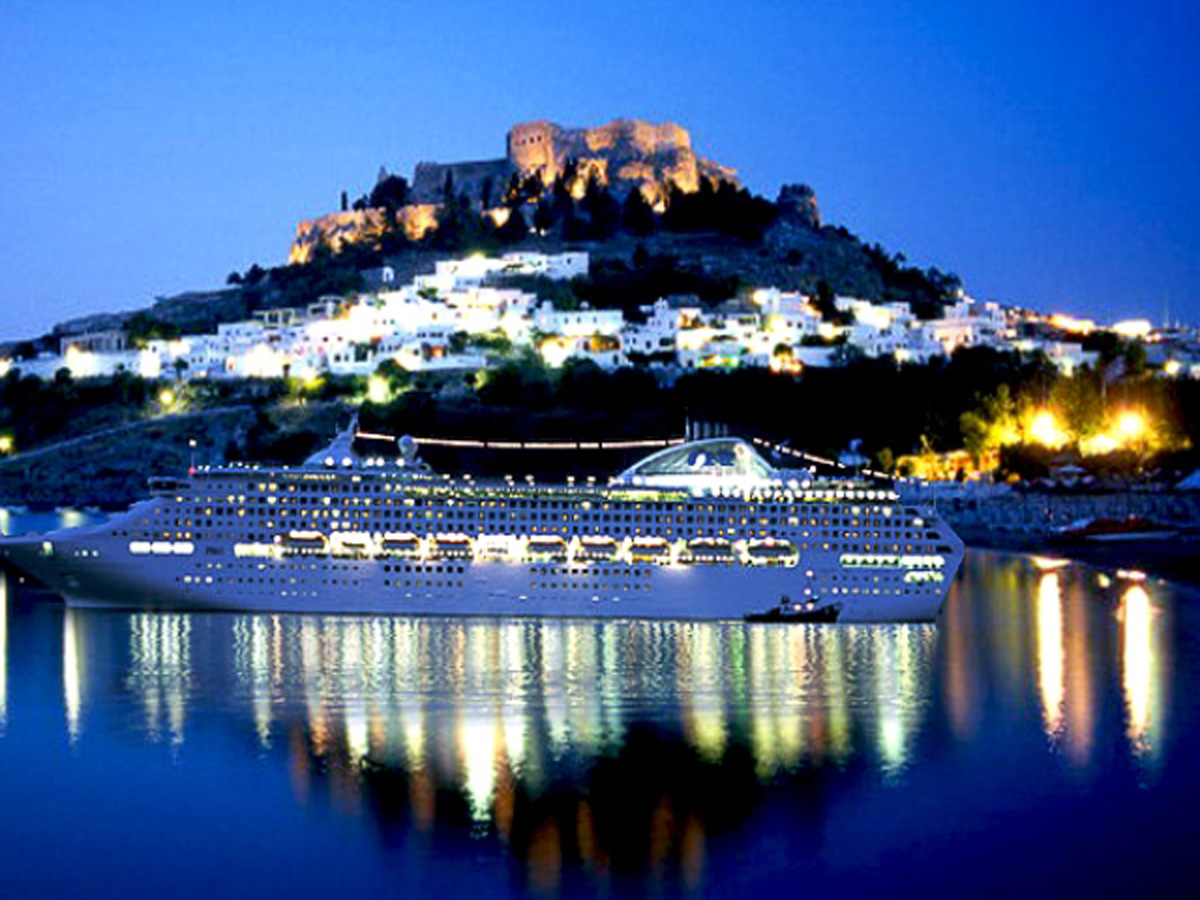 Greece in the top 3 of most popular cruise destinations in Europe!