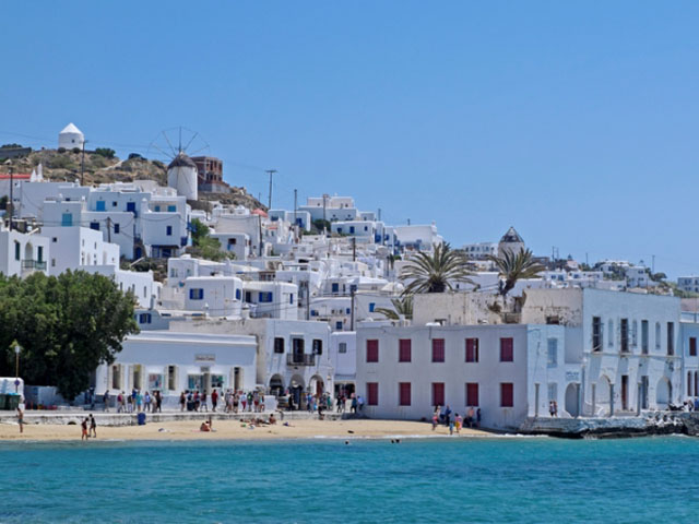 Real estate in Greece attracts more and more Russians.