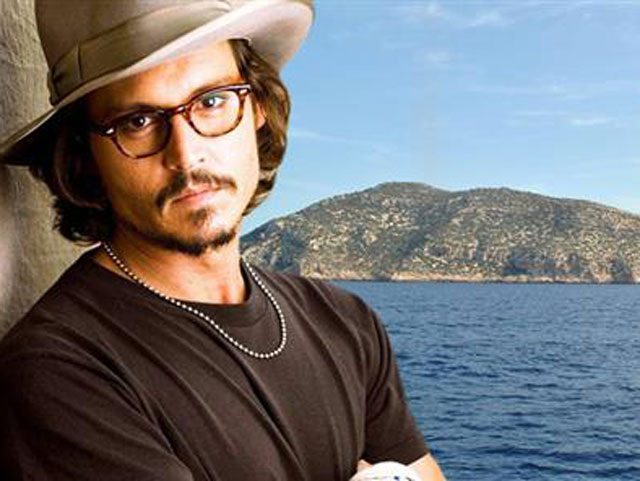 Holywood stars love Greek Islands.