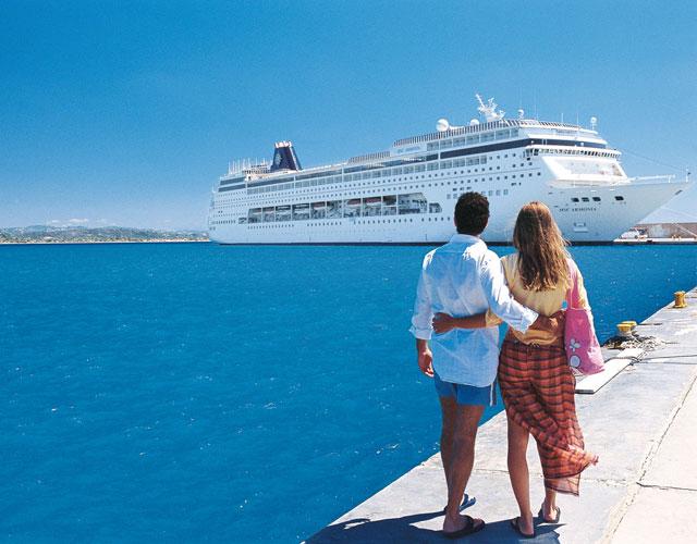 Греция - летний успех в туризме!