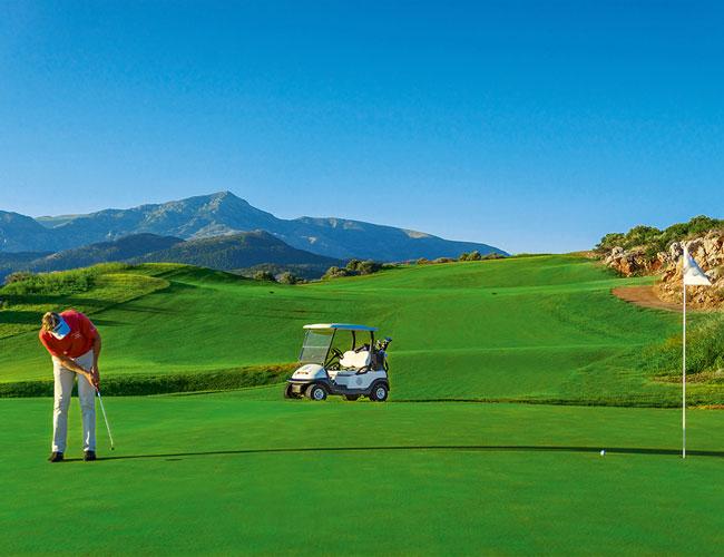 The Crete Golf Club opened its doors again!