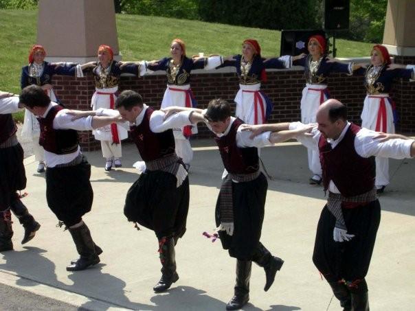 Знаменитый праздник сардины в Неа Муданья, Халкидики