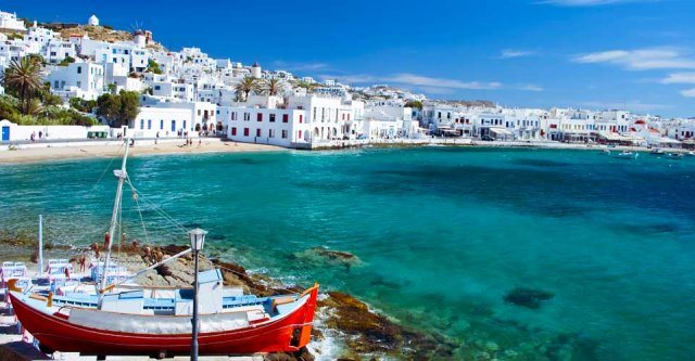 """Greece and Mykonos - the """"winners"""" of this summer"""