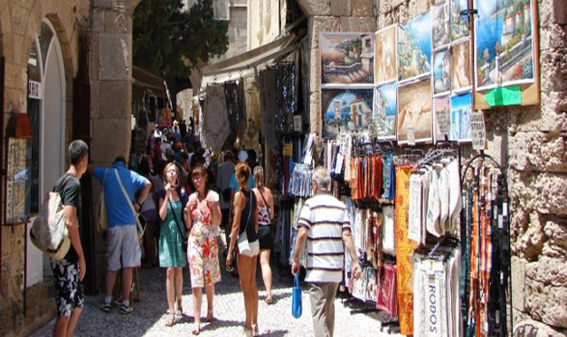 The Tourists That Spend The Most During Their Stay in Greece