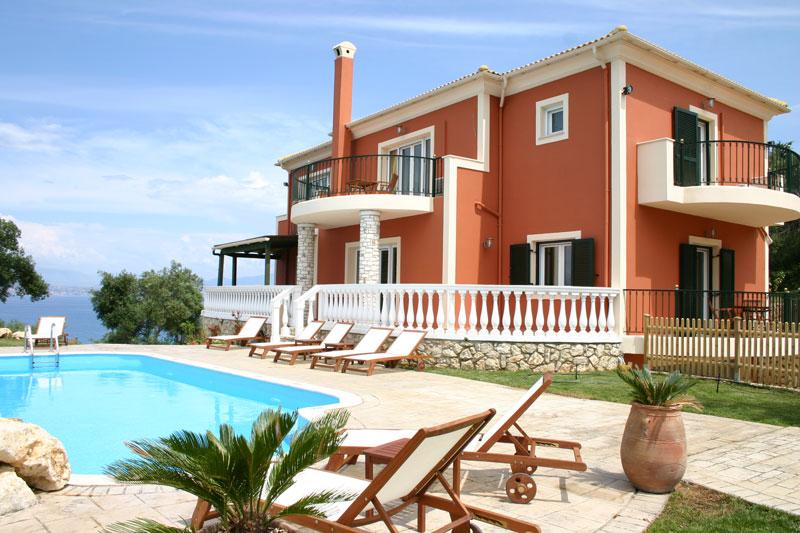 С 1 января энергетический сертификат обязателен при продаже или аренде  недвижимости  в Греции
