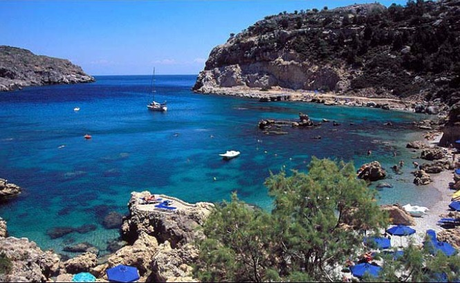 September holiday destinations in Greece.