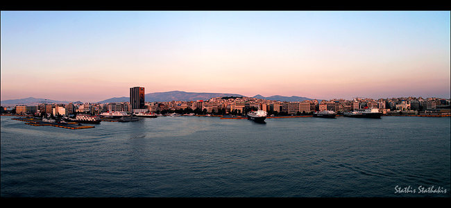 Piraeus can evolve into the top container port in the Med