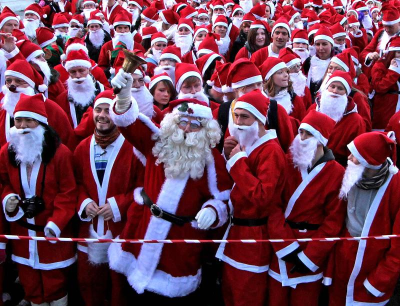 """""""Santa Run""""-charity run in Crete"""