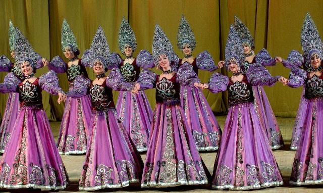 30 ноября Московский государственный академический театр танца «Гжель» в Афинах