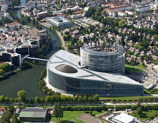 В здании Европейского парламента в Брюсселе представлены работы греческих художников.