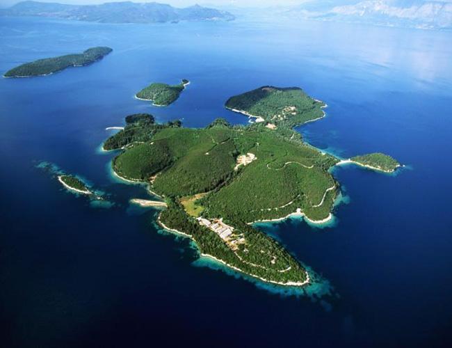 Необитаемый остров за 10 миллионов евро