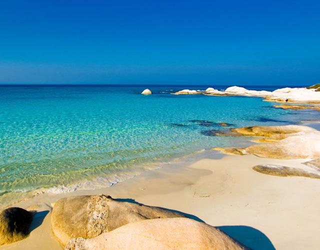 Песчаные пляжи полуострова Афон представлены на международной туристической выставке в Бельгии