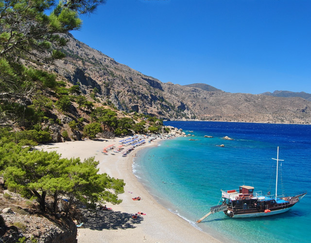 Рост прибыли от туризма зафиксирован Грецией за 2013 год.
