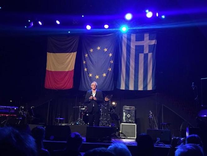 Philhellene Jimmy Jamar Raises €35,278 to Help Heat Greek Schools